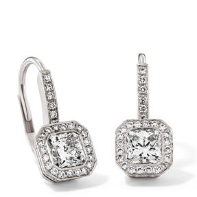 Earrings in 18k white gold set with colourless diamonds.